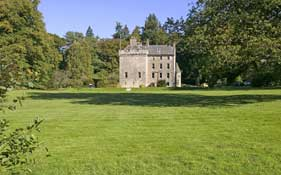 Culcreuch Castle Hotel & Estate,  Fintry