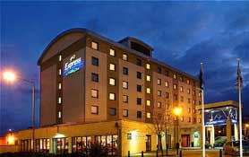 Holiday Inn Express Wandsworth-Battersea,  London